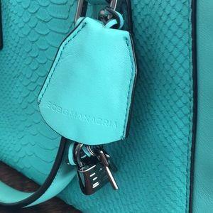 BCBGMaxAzria Bags - EUC BCBG Aqua Handbag